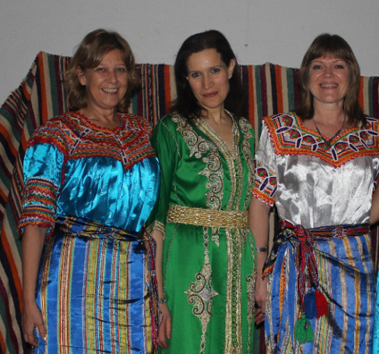 women Kabyle wearing dresses